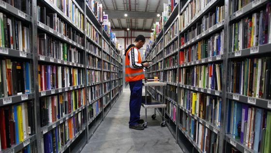 El centro logístico de Amazon España en San Fernando de Henares (Madrid), el día de su inauguración en octubre pasado.