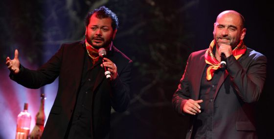 Edgar Oceransky (i) y Tontxu (d), en el concierto.