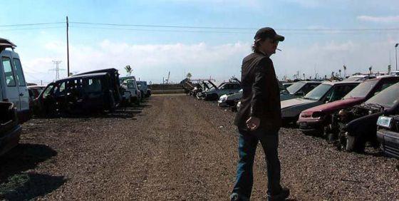 El músico Coque Malla, en la película 'Gente en sitios', de Juan Cavestany.