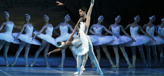 """El lago de los cisnes"""" , del Russian Classical Ballet, de Chaikovski."""
