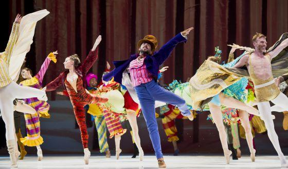 Representación de 'Cascanueces' por los Ballets de Montecarlo.