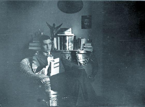 Julio Cortázar en su juventud.
