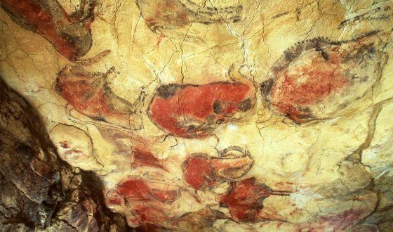 Pinturas en las cuevas de Altamira.