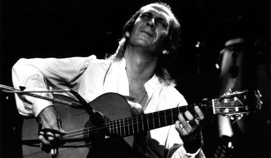 El guitarrista Paco de Lucía en el Festival Leyendas de la Guitarra (1991).