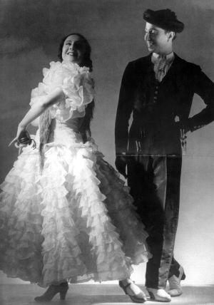 María de Ávila y Joan Magriñá, en 'Variante de bulerías' en el teatro del Liceo en 1940.