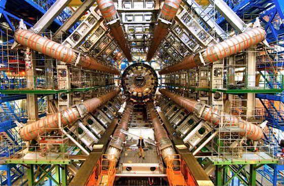Imagen del LHC, el acelerador de partículas  europeo que aparece en el documental  Particle Fever.