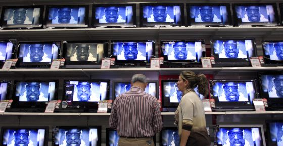 El PP cambió la ley para permitir la privatización de las televisiones autonómicas