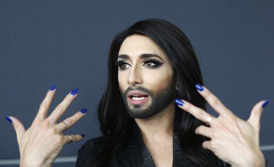 Conchita Wurst usa la música para la reivindicación homosexual