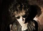 Bunbury cancela cuatro conciertos por una operación a su guitarrista