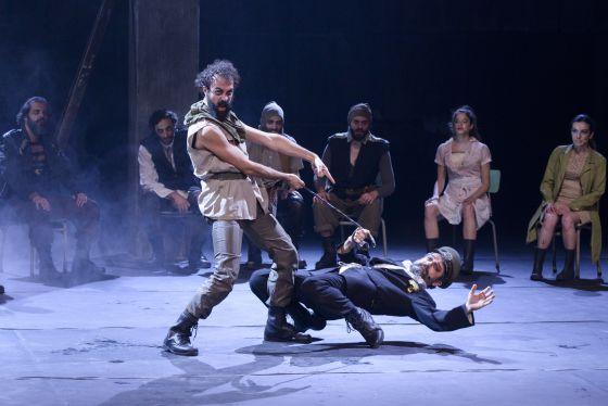 La transgresión abunda en el primer montaje teatral en griego de 'La Ilíada'.