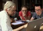 ¿Quién defiende ya a Julian Assange?