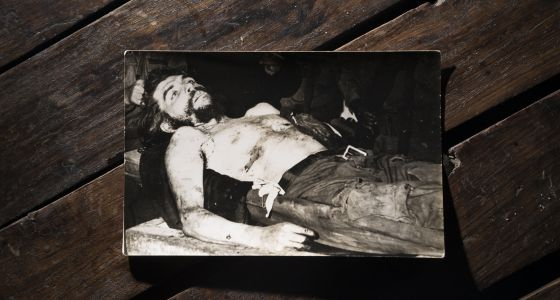 Imágenes del cuerpo sin vida del Ché realizadas por Marc Hutten.