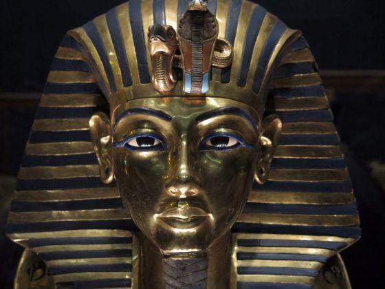 La chapuza de Tutankamón fuerza el despido de la directora de restauración