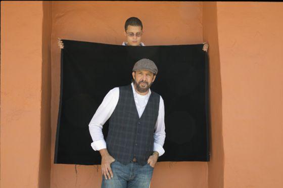 Juan Luis Guerra inauguró la décima edición del Hay Festival Cartagena con una charla con Roberto Pombo, director del diario 'El Tiempo'.
