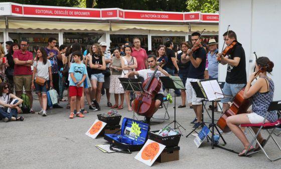 Un grupo de músicos en la Feria de Madrid.
