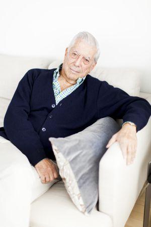 El escritor, en su apartamento neoyorquino.