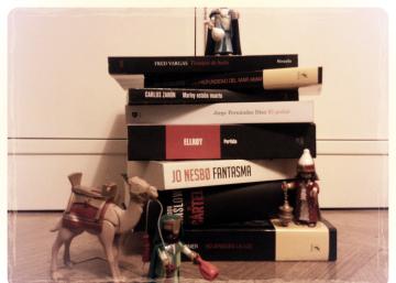 Novela negra para Navidad (II): Tres thrillers brutales, dos cracks, 25 cuentos y dos mujeres únicas