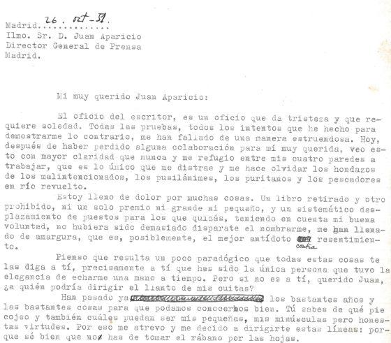 Fragmento del comienzo de la carta con la que Cela renunció a su trabajo en el Ministerio de Información, bajo la dictadura de Franco.