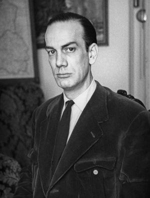 El escritor Camilo José Cela en una imagen de 1948.