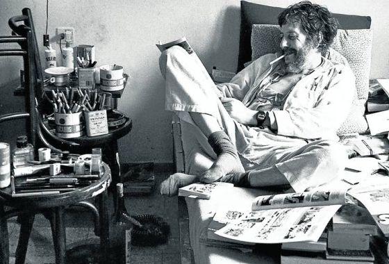 El escritor argentino Osvaldo Lamborghini (1940-1985), en su casa de Barcelona.