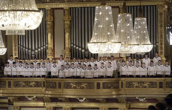Coro infantil durante el ensayo general del Concierto de Año Nuevo, en la Sala Dorada de la Musikverein, de Viena, ayer miércoles.