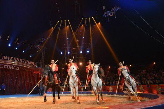 Un momento del espectáculo del Gran Circo Mundial.