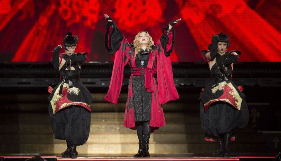 Madonna durante su concierto en la Ciudad de México