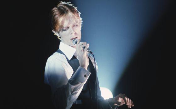 El cantante británico, David Bowie, durante un concierto.