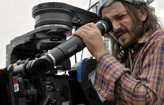 Diego Luna, en un momento del rodaje de 'César Chàvez'
