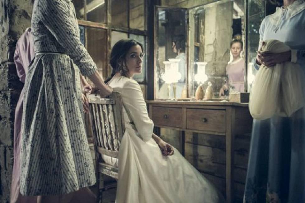Inma Cuesta en un fotograma de 'La novia'