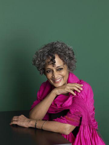Arundhati Roy, en una imagen tomada en Londres.