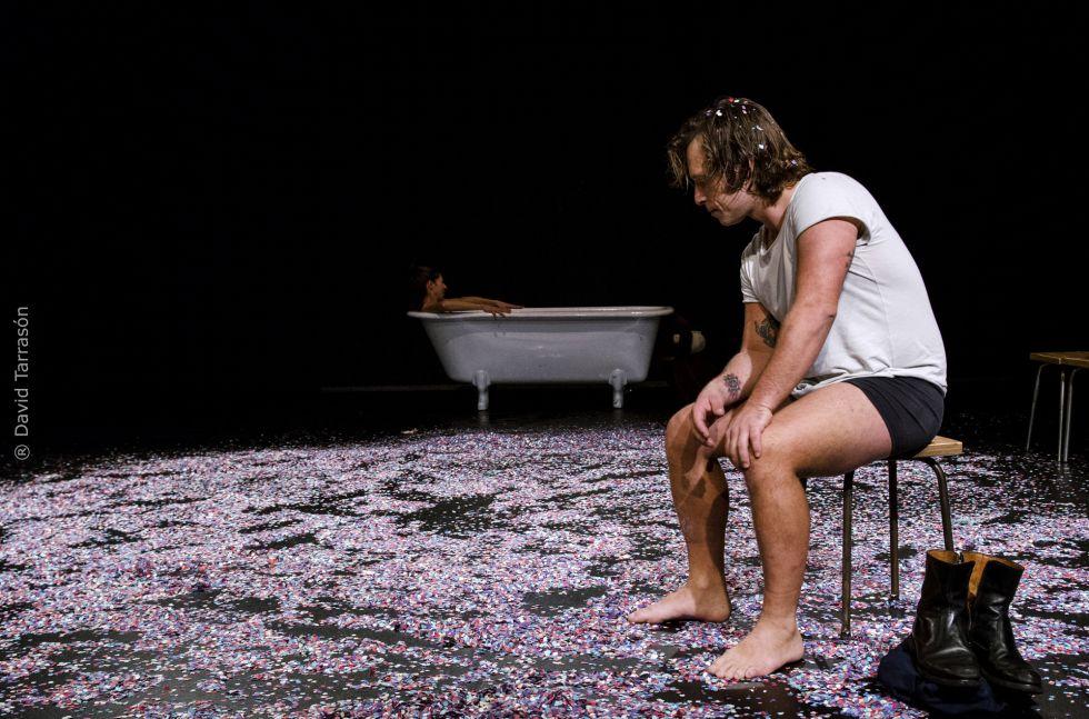 Jorge Albuerne y Annabel Castan en 'Un tramvia anomenat desig', estrenada en la sala Muntaner.