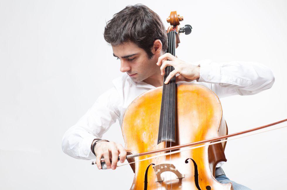 El chelista Pablo Ferrández.