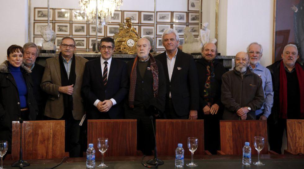Patxi López, presidente del Congreso, se reúne con la plataforma Seguir Creando.