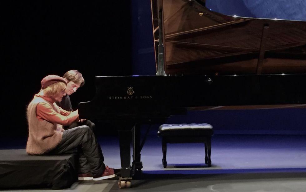 Oleg Karavaichuk y Javier Martín ensayando 'Symptoma', en Pamplona