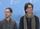 Los Coen reciben silencios y risas en la Berlinale