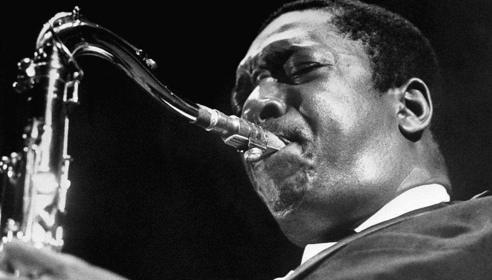 John Coltrane, en una actuación en 1962.