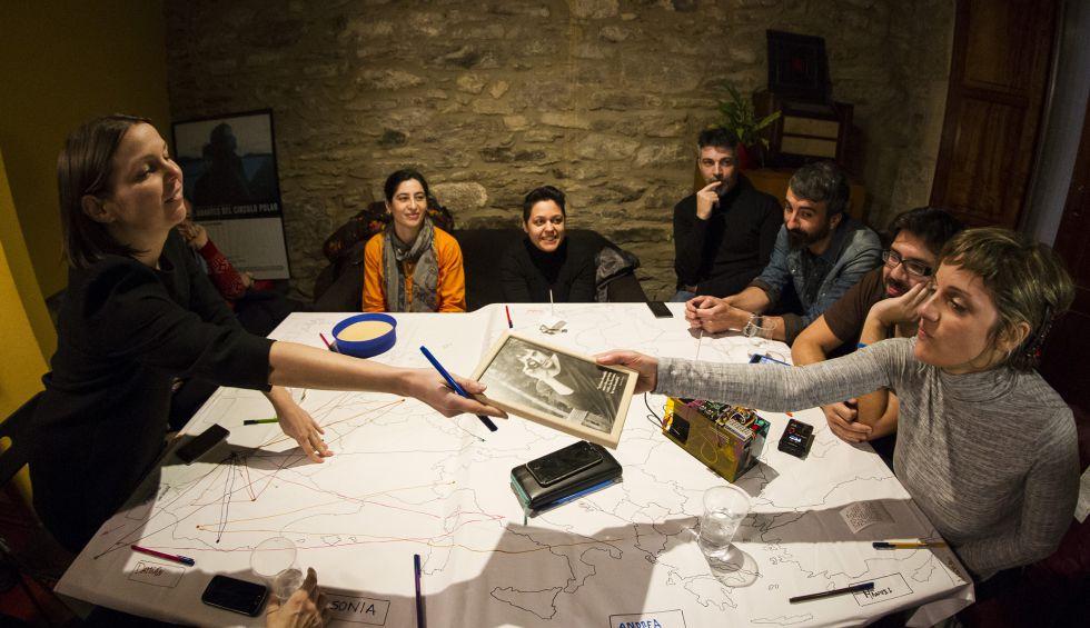 Representación de Home visit Europe en una casa de Santiago.
