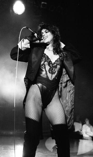 Denise Matthews, conocida como Vanity, durante una actuación en 1982.