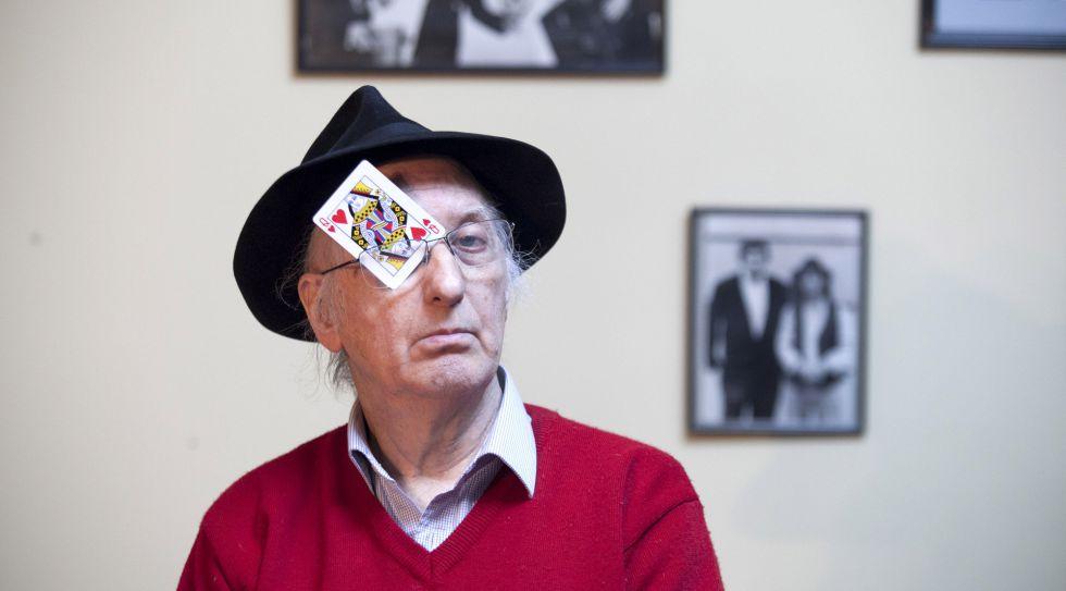 El mago Juan Tamariz, en su casa madrileña.