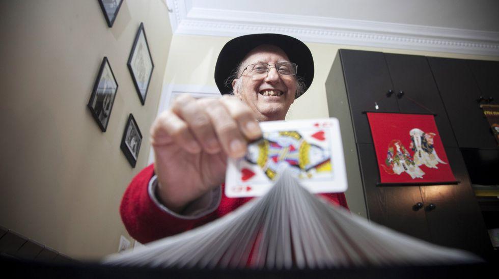 Juan Tamariz es considerado uno de los mejores magos del mundo en cartomagia.