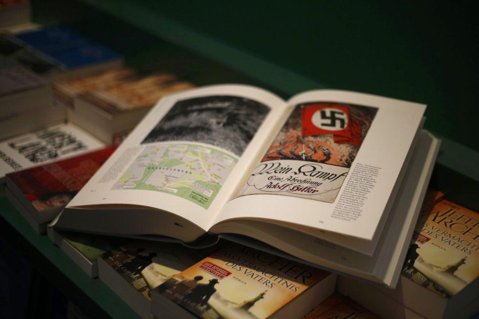 Un ejemplar de la edición crítica de 'Mi lucha', en una librería de Múnich.