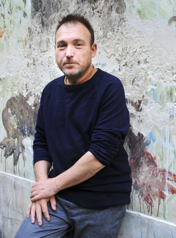 Miquel Barceló, en su taller del barrio parisiense de Les Marais.
