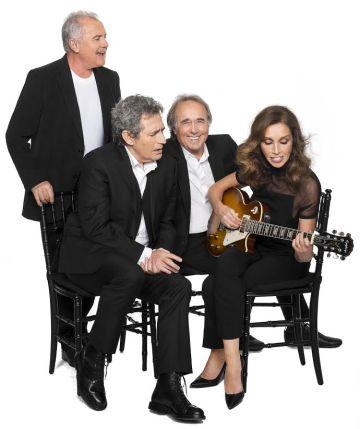 De izquierda a derecha, Víctor Manuel, Miguel Ríos, Joan Manuel Serrat y Ana Belén, en una imagen promocional.