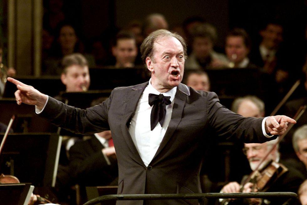 Nikolaus Harnoncourt, en el concierto vienés de Año Nuevo de 2001.