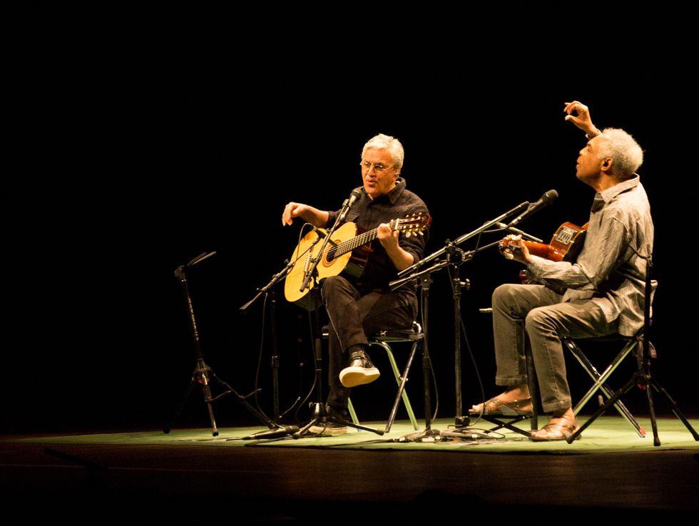 Gilberto Gil y Caetano Veloso en una de las actuaciones de esta gira.