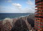 Major Lazer convierte el malecón de La Habana en una masiva 'rave'