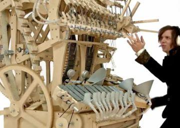 Clara Rockmore y el theremin, el instrumento que suena sin tocarlo