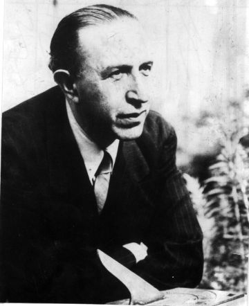 El poeta Pedro Salinas, en una imagen de archivo sin datar.