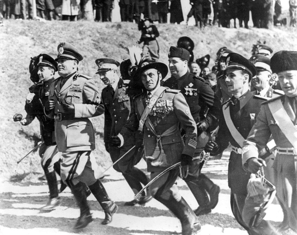 Benito Mussolini, en un acto del partido fascista en Italia.